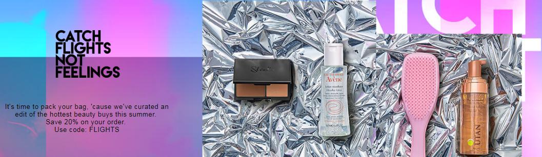 隶属于The Hut Group 的HQhair 是英国知名大型美妆网站,主打产品为护发系列。最近几年,随着产品线的逐步扩大,如今HQ Hair旗下品牌高达200多个,单品更是过万,是爱美达人的购物天堂。